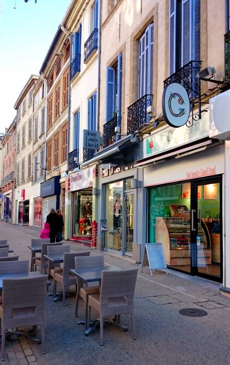 Mangeons bon sain et rapide avec clapham salon passage for Resto salon de provence