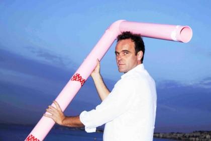 Chris Tiboise, un artiste plasticien qui a le vent en poupe !