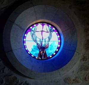 estoublon-chapelle-vitrail