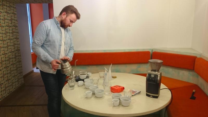 clapham-mana-espresso-preparation-degustation-cafe